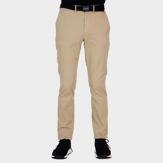 Pantalón Calvin Klein K10K106894PF2 Beis 38.