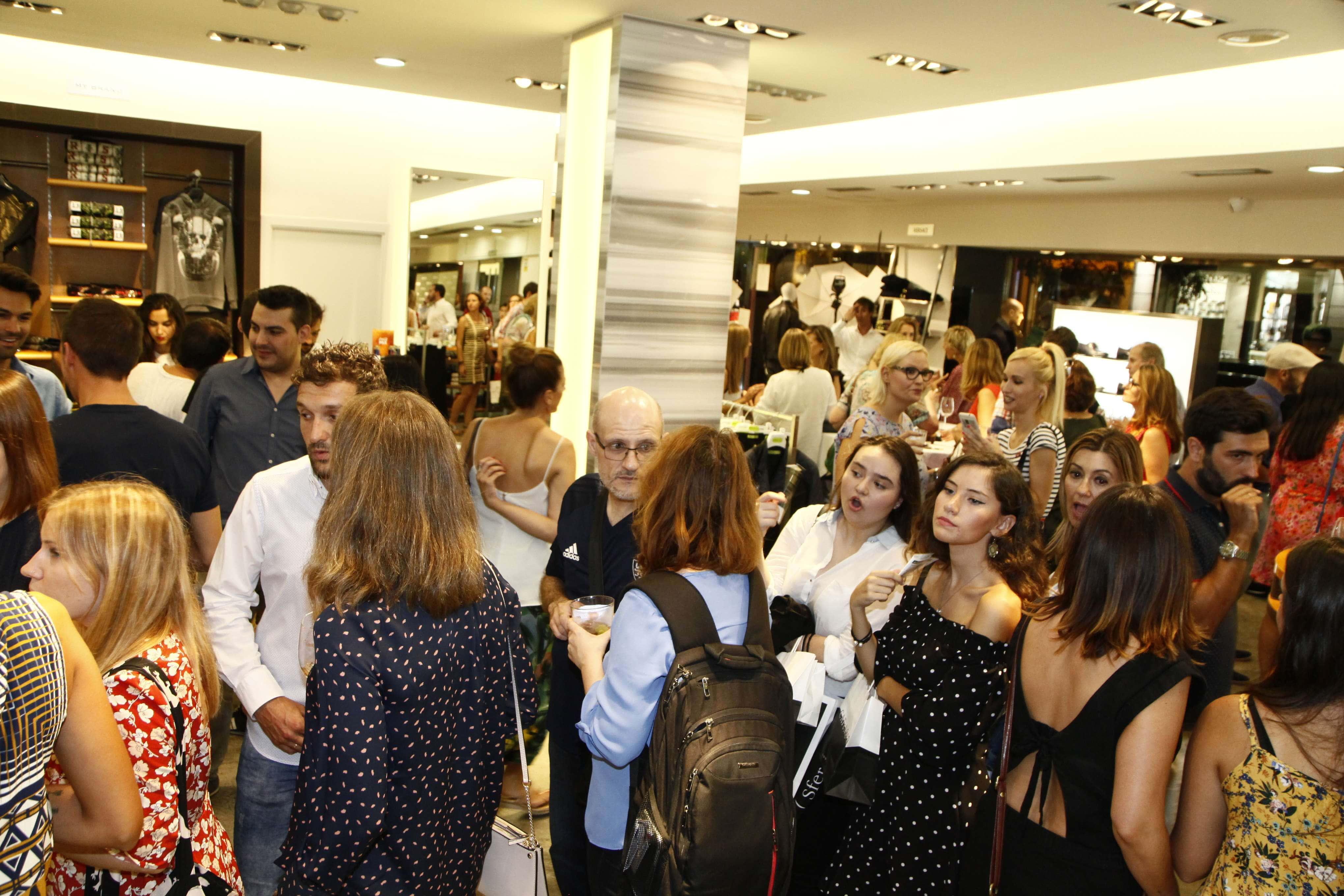 Telva Shopping Xperienze en Alejandro Moda